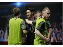 """""""Kicken – Bolzen – Pöhlen"""": Straßenfußball-Look für den Weltmeister"""