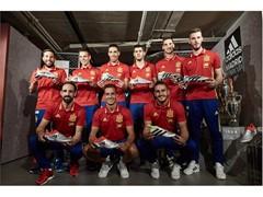 adidas y la Real Federación Española de Fútbol han presentado el córner de la Selección Española en su nueva tienda de Gran Vía