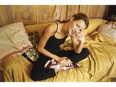 adidas Originals lança campanha com foto de Kate Moss