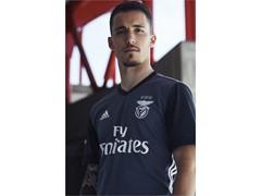 adidas Futebol apresenta camisa 2 do SL Benfica para 2017/18