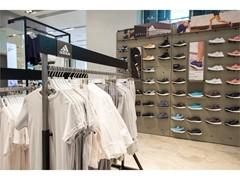 Обновлённый корнер adidas в Универмаге «Цветной»