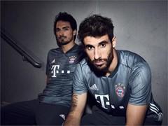 Aus Plastikmüll zum Schutz der Umwelt: adidas präsentiert drittes Trikot des FC Bayern