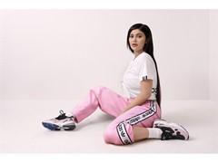 Τα adidas Originals εμπνέονται από την ιστορική κληρονομιά των '90s  και σου αποκαλύπτουν το νέο bold sneaker | Falcon
