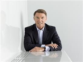 Robin Stalker, Finance