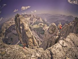 "Reini Kleindl on the first line ""Vertigo"" (Cime Grande/ big battlement)"