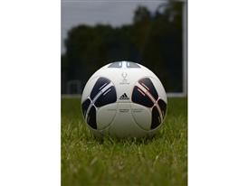 adidas Super Cup ball (6)