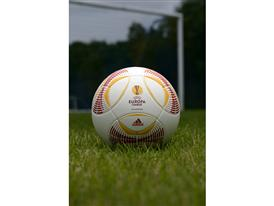 adidas Europa League ball (6)