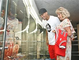 adidas, D Rose Tour, Zagreb, Croatia 3 (photo Derrick Rose and Biserka Petrovic)
