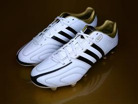 Adidas_11Pro_002