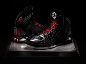 D Rose 4 Away, Hero 1
