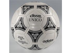 1990 Etrusco Unico