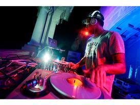 Brazuca - DJ Zeh Pretim