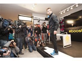 Jordi Alba adidas Boost 2