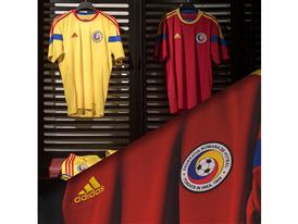 Echipament Nationala Home& Away red