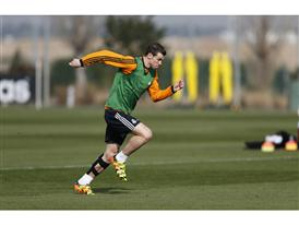 Bale action 1