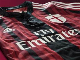 AC Milan 2014/15 Home Kit 7