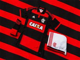 Flamengo Home Kit - Hero Storytelling shot