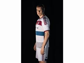 FC Bayern Auswärtstrikot 9