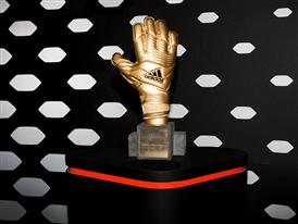 JAMES RODRÍGUEZ PRESENTED WITH ADIDAS GOLDEN BOOT AWARD 3