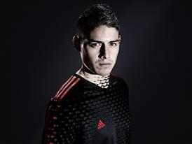 JAMES RODRÍGUEZ PRESENTED WITH ADIDAS GOLDEN BOOT AWARD 19