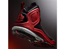 D Rose 5 Boost Black 2 Sq
