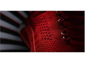 Crazylight Boost 2015 Vivid Red Detail 2 H (D69508)
