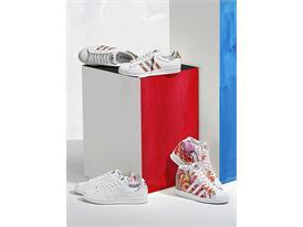 Web In Situ Images Footwear Dragon Print 1