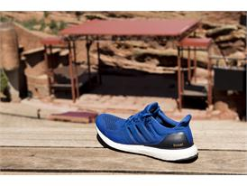 Ultra Boost Around Boulder 4