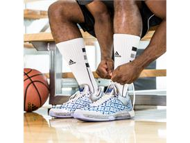 Crazylight Boost 2015 Andrew Wiggins Home PE On-Court 2