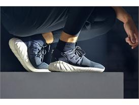 adidas Originals GÇô Tubular SS16 Performance at Paris Fashion Week  (27)