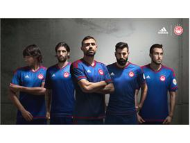 adidas_OFC_Away 15-16_5 Players