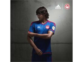 adidas_OFC_Away 15-16_Benitez