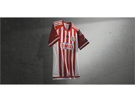 adidas presenta el nuevo uniforme de Chivas