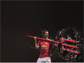 Manchester United 2015/16 Home Kit 4