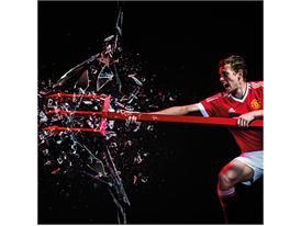 Manchester United 2015/16 Home Kit 19