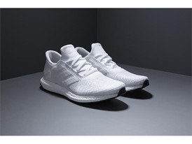 「Futurecraft Tailored Fibre」 TOP