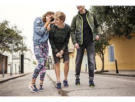 Amanda Steele și Marcus Butler, unii din cei mai faimoși vloggeri din lume, se alătură adidas neo pentru lansarea unor pantofi inediți - Cloudfoam
