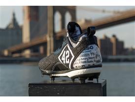 Jackie Robinson x adidas Boost Icon_03