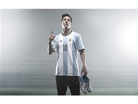 FW16 Messi PR 01 v1
