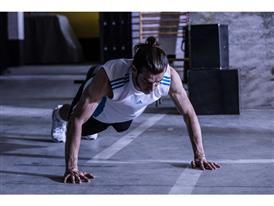 Gareth Bale FNF 08