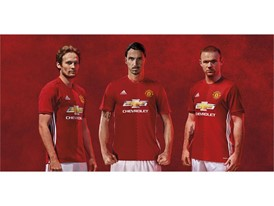 MUFC-KIT-2016-3PLAYERS1-NEW (1)