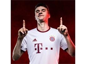Bayern 3rd Kit INSTA 02