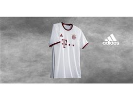 Bayern 3rd Kit SOCIAL 5