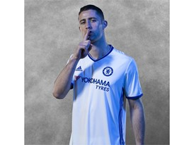 Chelsea 16-17 Third Kit Insta CAHILL
