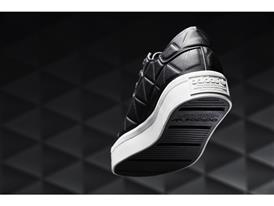 +H20515 OR Originals Footwear Packs FW16 Polygone S76542 01