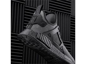 S32211 NMD social heel black 2