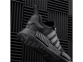 S31508 NMD social heel black 1