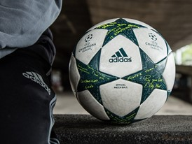 UCL Ball Finale16 2