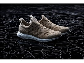 """adidas Futurecraft Biofabric"" TOP"