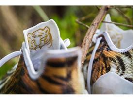 adidas Uncaged adizero Tiger 3